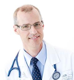photo du Dr Denis Claude Roy, Directeur du Centre de recherche HMR, Directeur scientifique du Centre d'excellence en thérapie cellulaire, directeur général du Réseau CellCAN