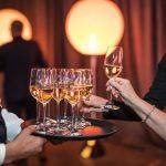 Cocktail au champagne À Votre Santé!