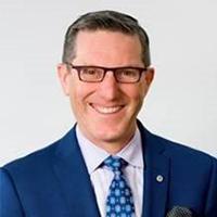 René Douville, Premier vice-président et chef de la direction – Services bancaires aux grandes entreprises de BMO Banque de Montréal