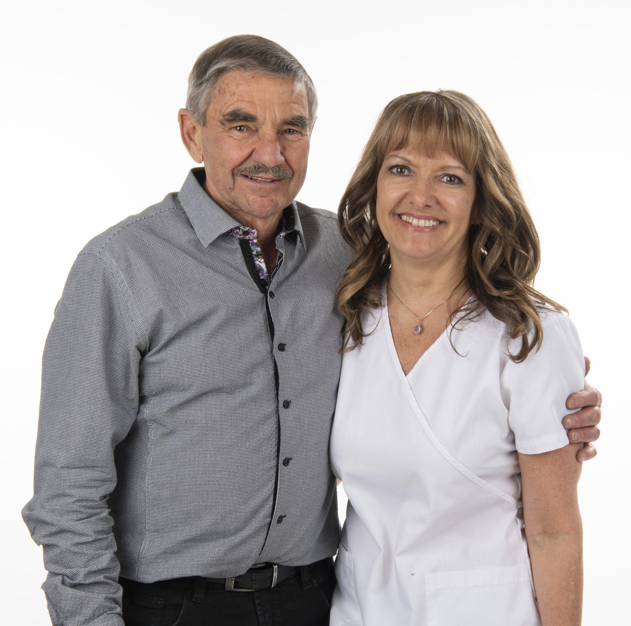 Photo de Raynald Arsenault, bénévole de la Fondation de l'Hôpital Maisonneuve-Rosemont, et Sonia Sasseville, infirmière à l'HMR