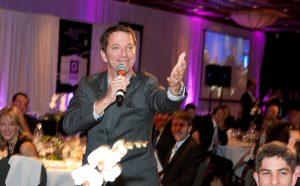 Patrice L'Écuyer, animateur du grand banquet de Montréal Passion Vin
