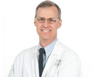 Photo du docteur Roy, nouveau directeur scientifique de l'Institut universitaire en hémato-oncologie et en thérapie cellulaire