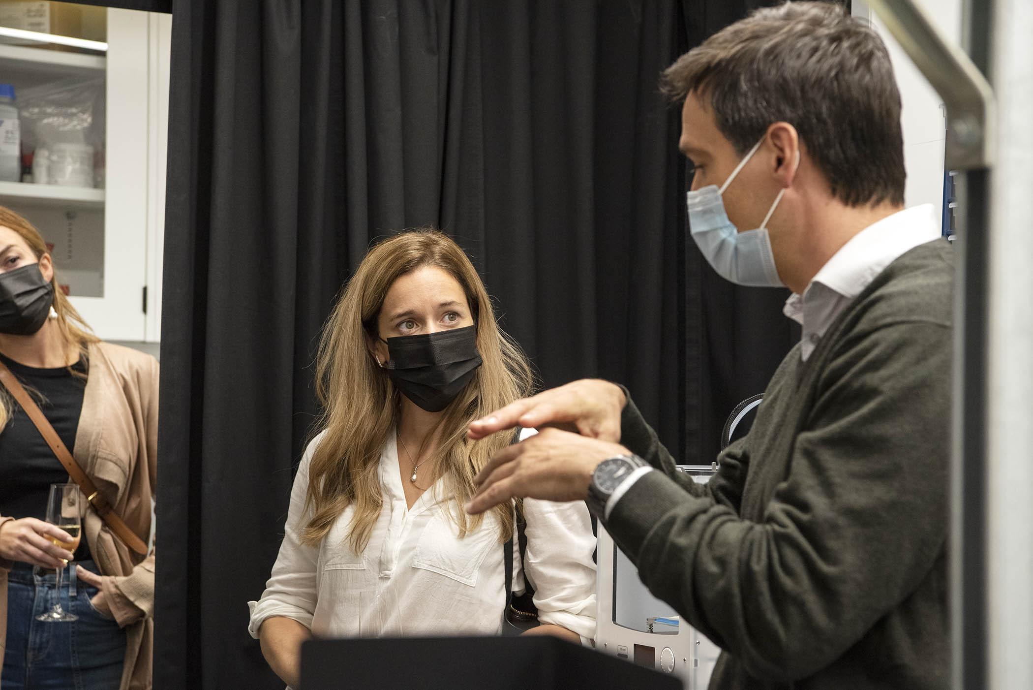 Visite du laboratoire Dr Santiago Costantino
