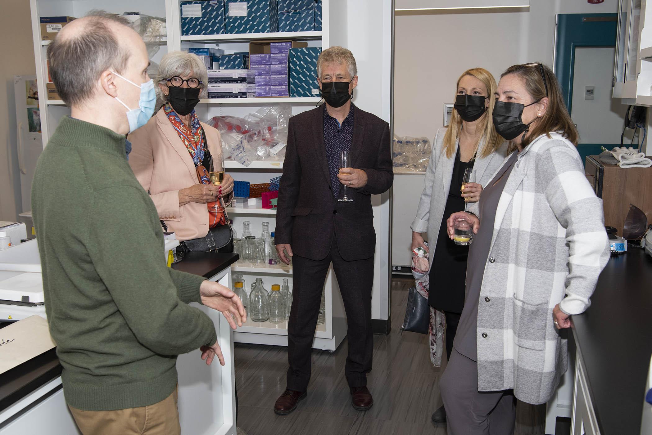 Visite du laboratoire Dr Bruno Larrivée